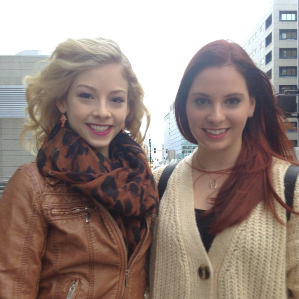 gracie-gold-carly-gold121301