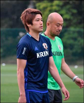 http://web.gekisaka.jp/  日本代表合宿に参加する内田選手